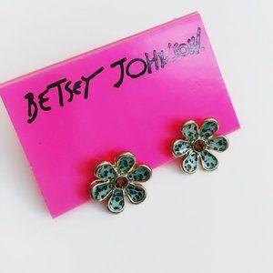 Betsey Johnson Vintage Jungle Fever Leopard Earrin